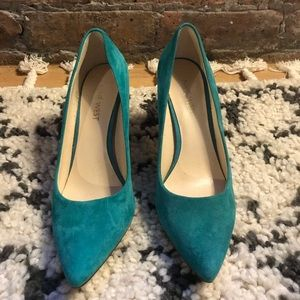 Teal closed toe heels